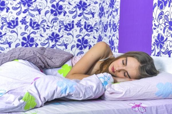 体への負担が少ない寝方 ~寝ている時や寝起きが辛い方へ~