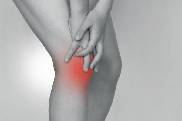 膝の痛みは足指が原因?